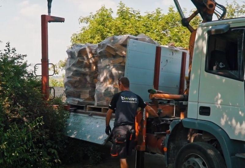 A tűzifa szállítás szabályait fontos betartani, különben komoly büntetést is kaphatunk